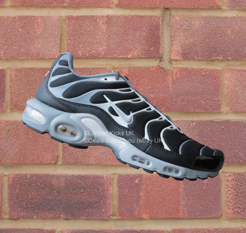 Nike Air Max Plus / TN / Tuned 1 - Black/Grey/White
