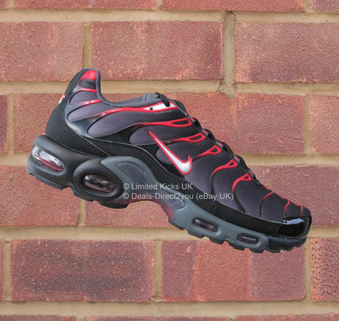 Nike Air Max Plus / TN / Tuned 1 - Black/White/Dark Grey