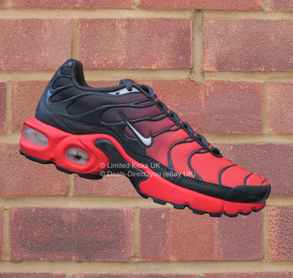 nike air max plus tn tuned 1 gs bright crimson white. Black Bedroom Furniture Sets. Home Design Ideas