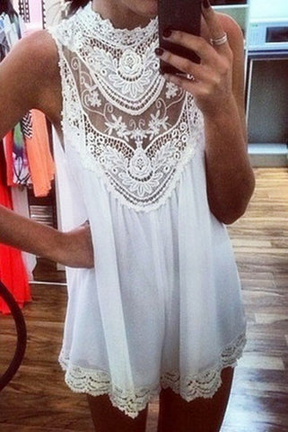 Sleeveless lace hollow out dress