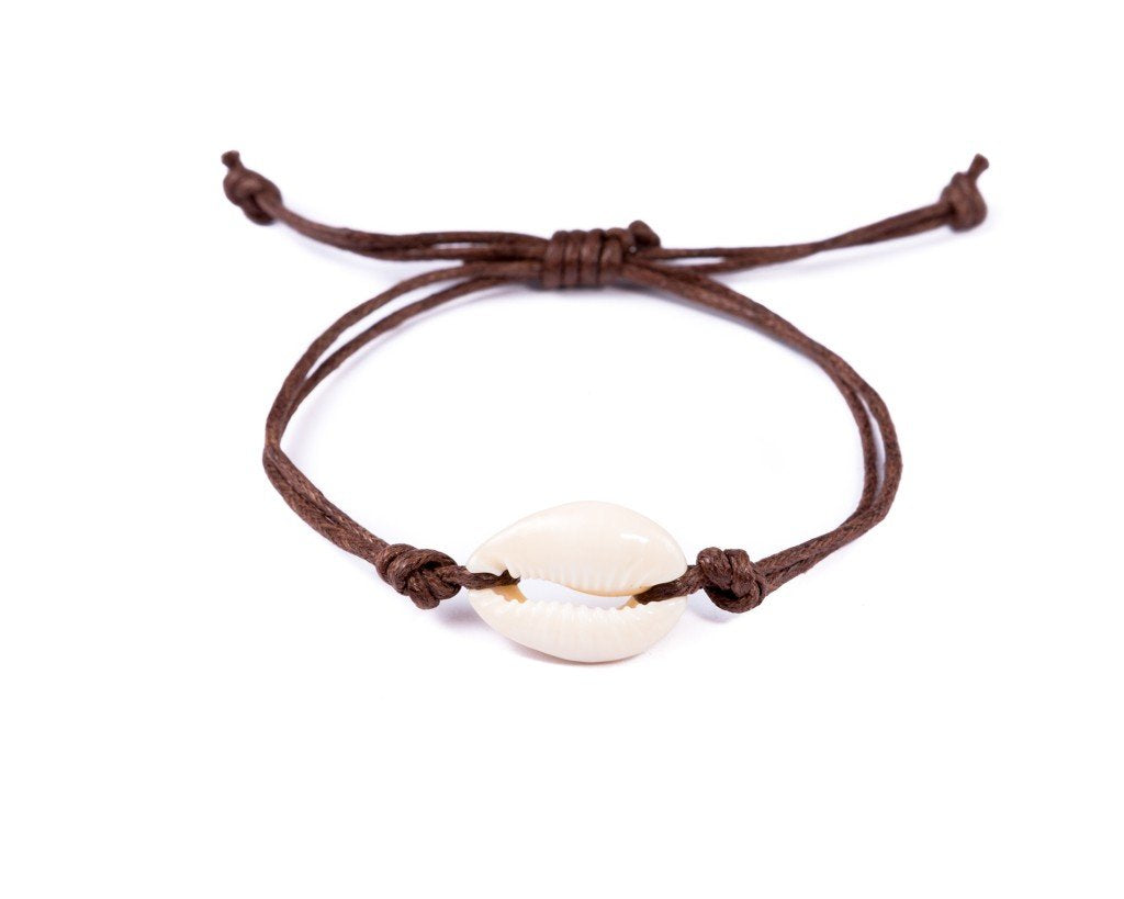 String Seashell Bracelet - brown