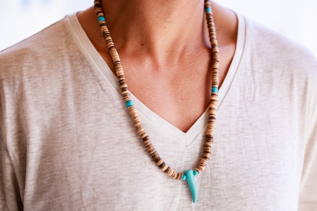 beads necklace wooden disc turquoise tooth