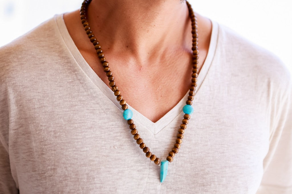 Beads neckalce wooden round beads turquoise tooth