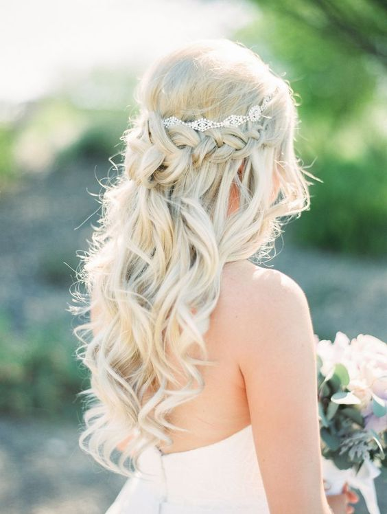 Luxe Bridal Hair Styles for Every Bride