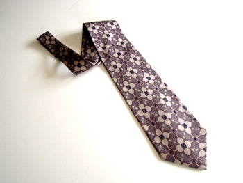 Pangborn Wine Theme Necktie in shades of gray