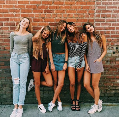 girls just know, how to be happy, friends, girls, How to make friends, outfit of the day, how to be stylish