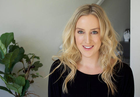 Hailey Hastings, girls just know, who is girls just know, toronto online ecommerce, tech founder, founder, women in business, Toronto Entrepreneurs