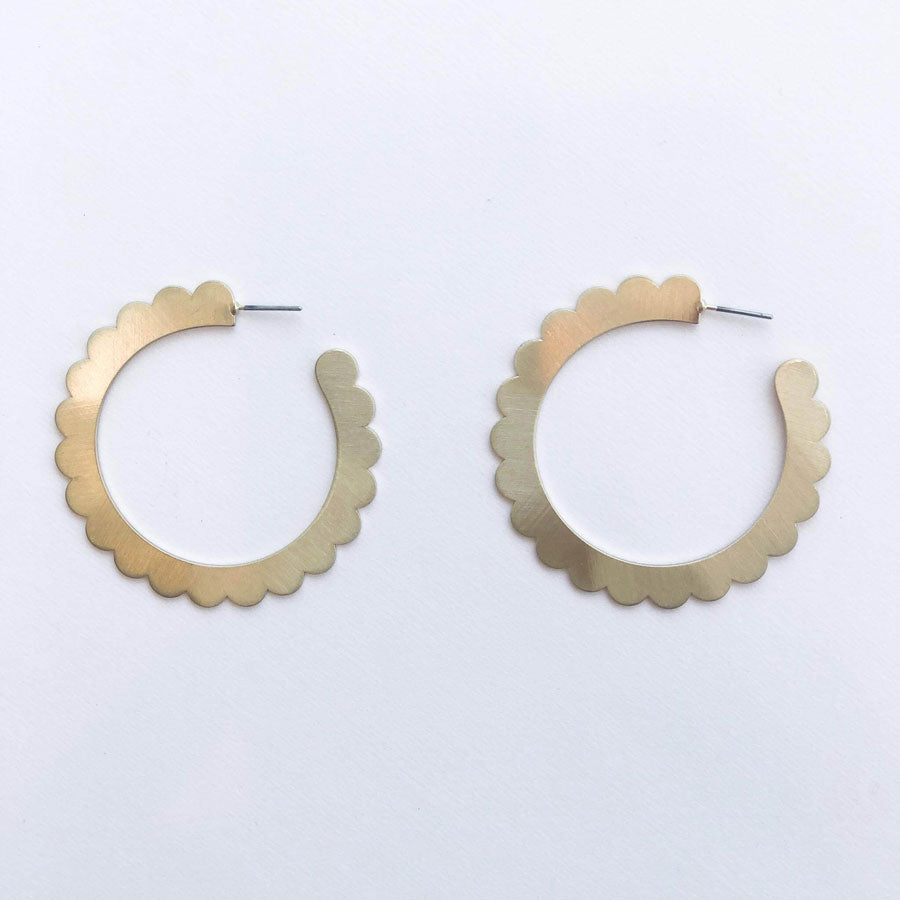 Jane Scalloped hoops