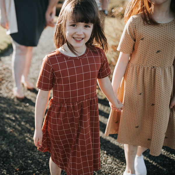 Youth Daphne Dress | Grid