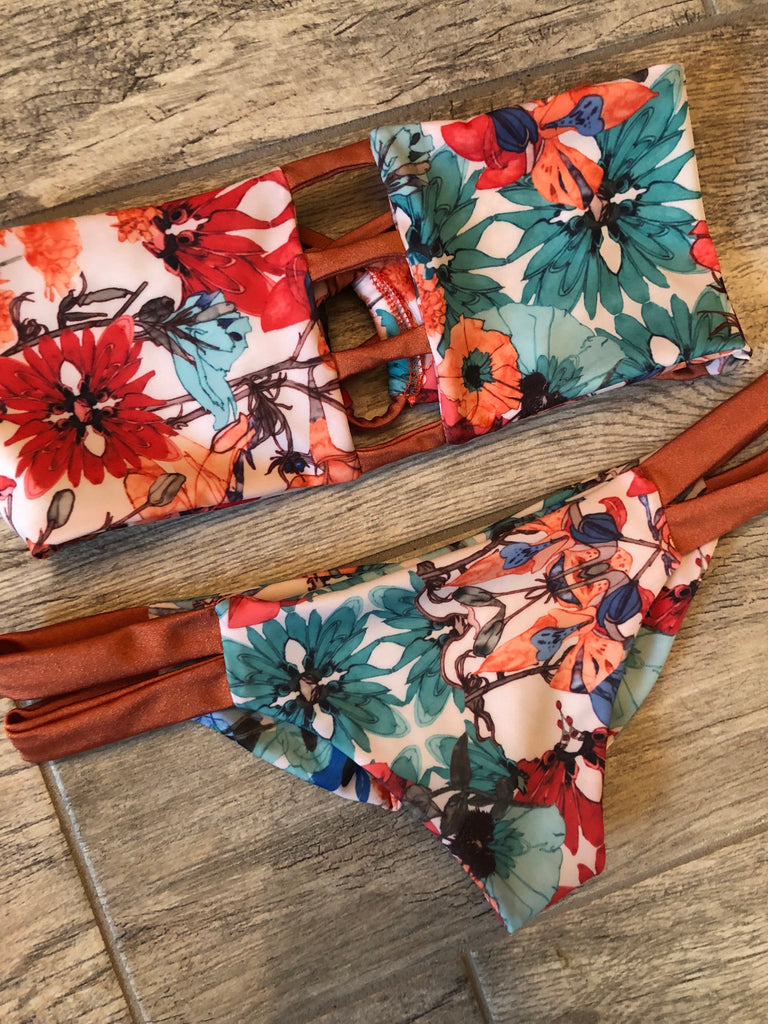 "Demi Floral ""Lotus"" Bandeau Top"