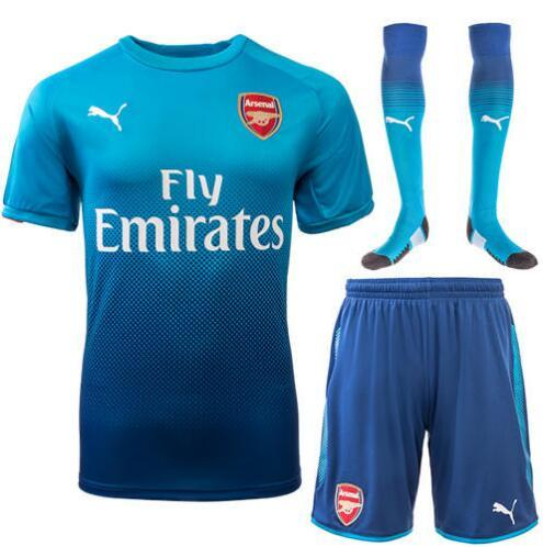 the best attitude 9fa4c 71a27 Arsenal 17/18 Away Full Kit