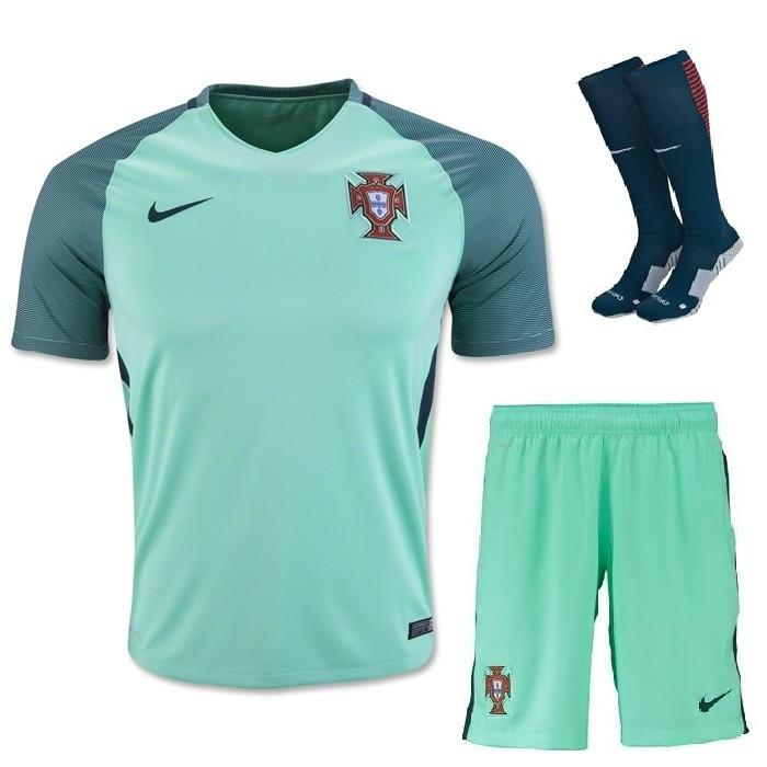 purchase cheap 3da95 cf734 Portugal 2016 Away Full Kit