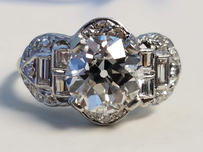 Engagement Ring | Diamond Rings | Wedding Rings | Overland Park | Kansas City