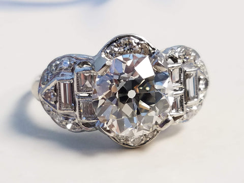 Selling Diamond Ring in Kansas City, Sell Engagement Ring, Sell Wedding Ring, Joseph Diamonds