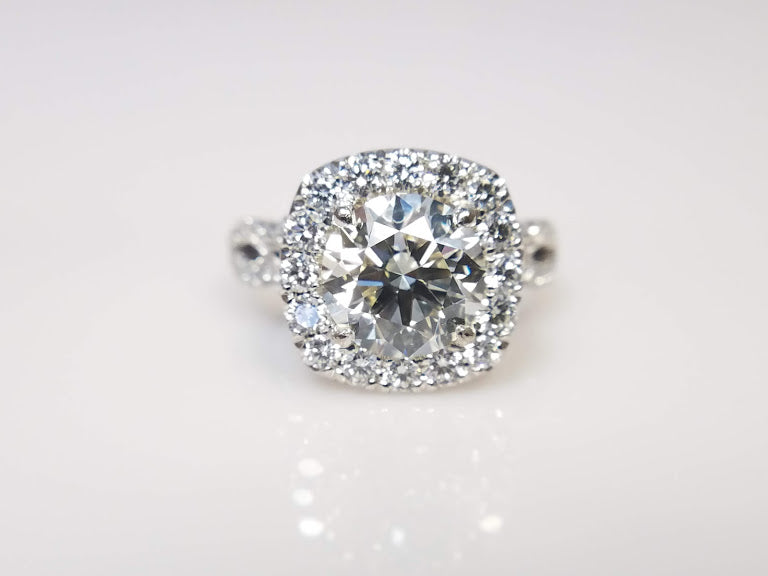Tacori Diamond Engagement Ring | Engagement Rings Kansas City | Diamond Wedding Ring for sale | Buy Engagement Ring in KC | KC Engagement Rings | Best place to buy diamond ring in KC