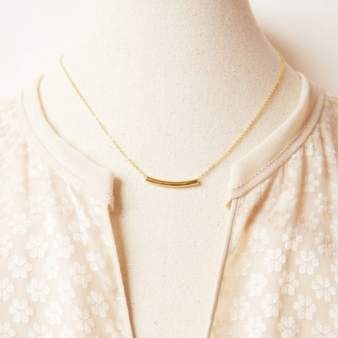 gold bar necklace by Adruzy