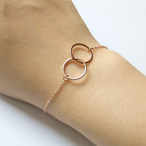 Rose Gold Bracelet with Interlocked Rings, Made of Rose Gold Plated