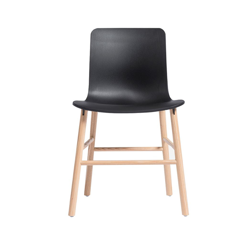 Norr Style Chair