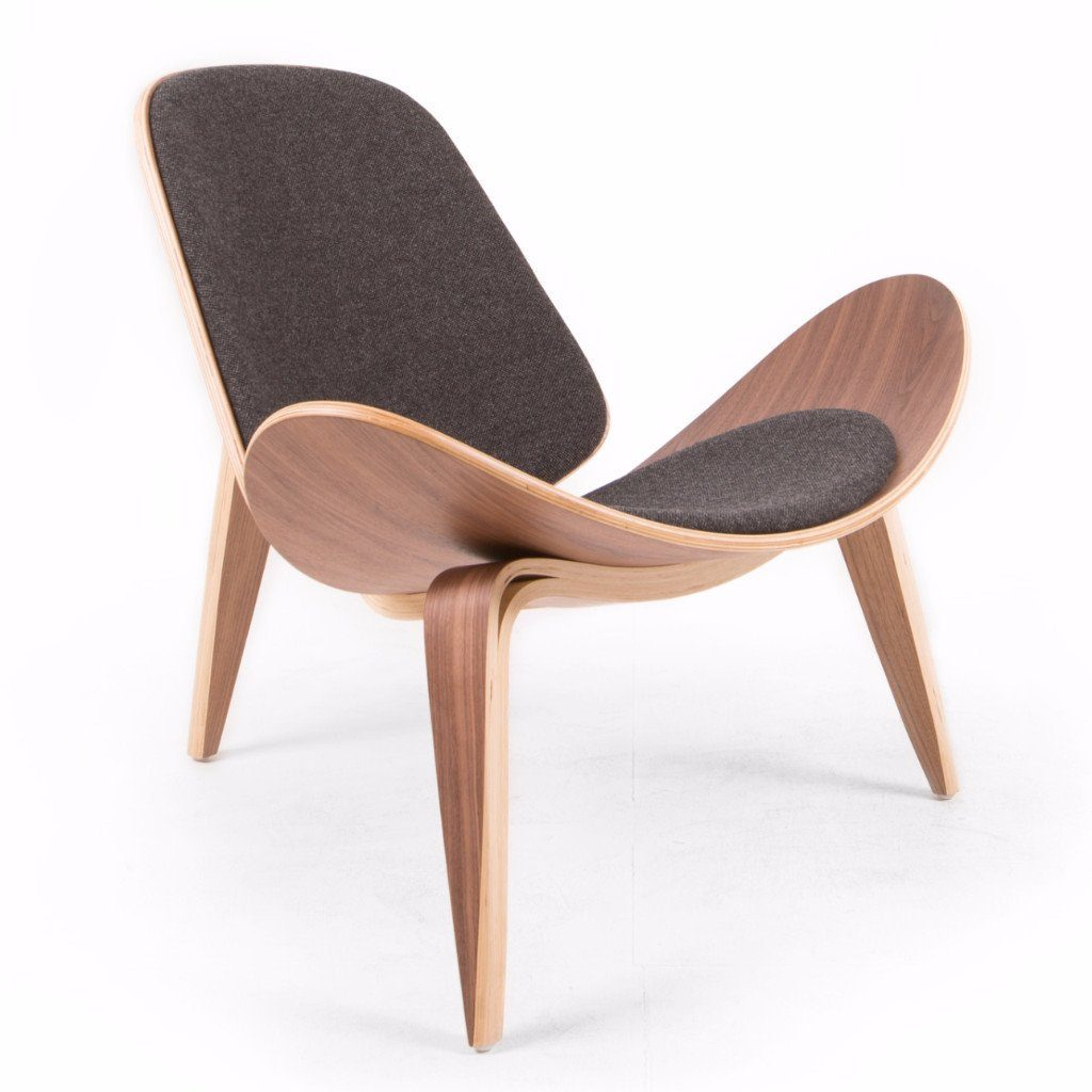 Wegner Shell Chair Style (Black Tweed / Natural Walnut Frame)