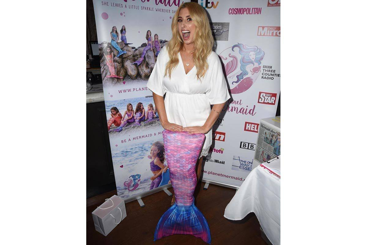 Stacey Solomon Celebrity Planet Mermaid Visit