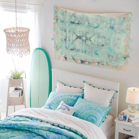 How To Decorate Your Bedroom Mermaid Style Planet Mermaid
