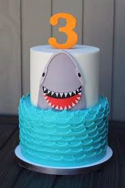 Shark party cake from Planet Mermaid