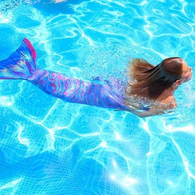 Starbright Princess Mermaids fun in the pool