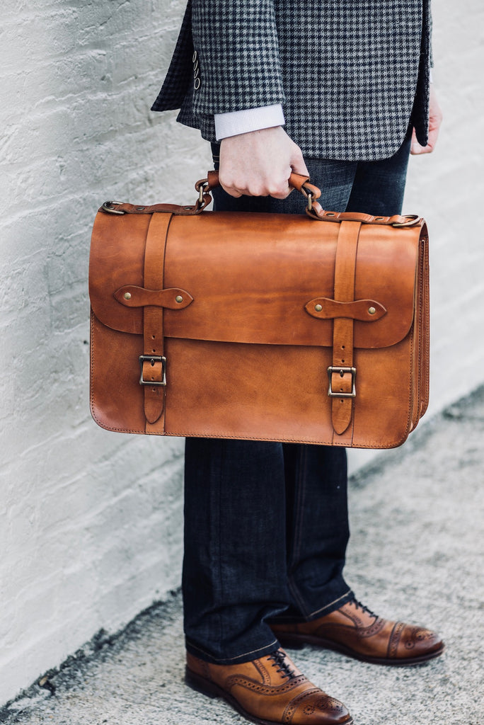 choosing the right men's leather briefcase