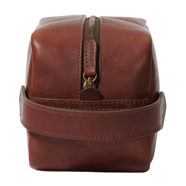 front view full grain leather dopp bag