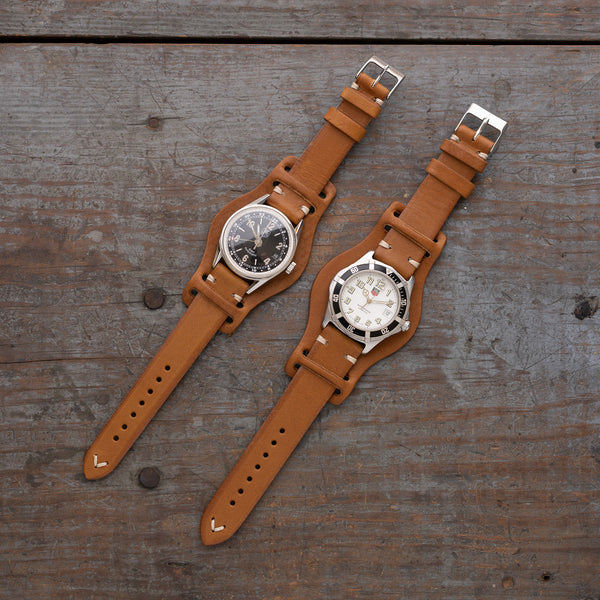 Jackson Wayne vintage leather watch strap with bund pad made of Italian vegetable tanned leather in saddle tan color