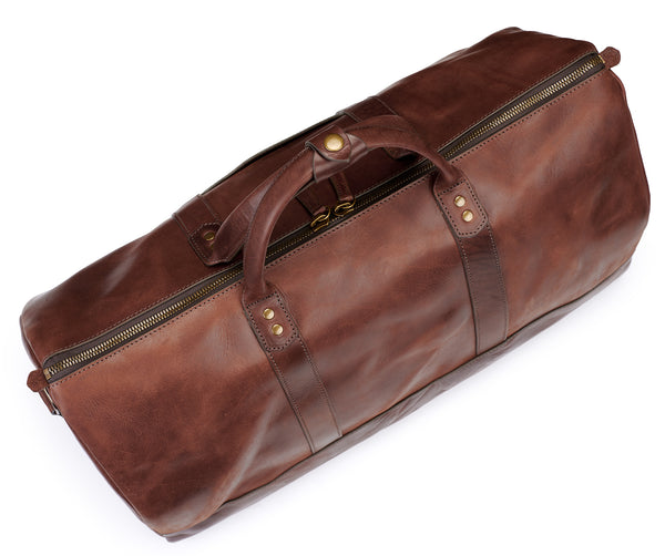 top view of Jackson Wayne Big Sur Duffle Bag in vintage brown color with antique brass zipper