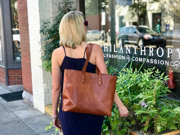 franklin market tote in saddle tan full grain vegetable tanned leather