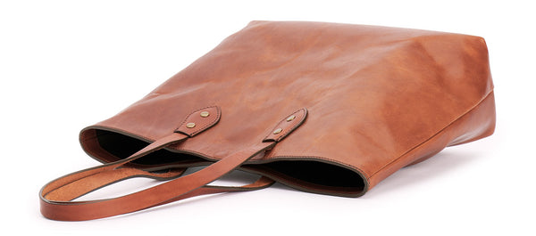 top view franklin market tote in saddle tan leather