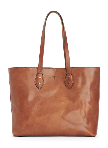 vegetable tanned ful grain bridle leather tote bag pictured in saddle tan color by Jackson Wayne