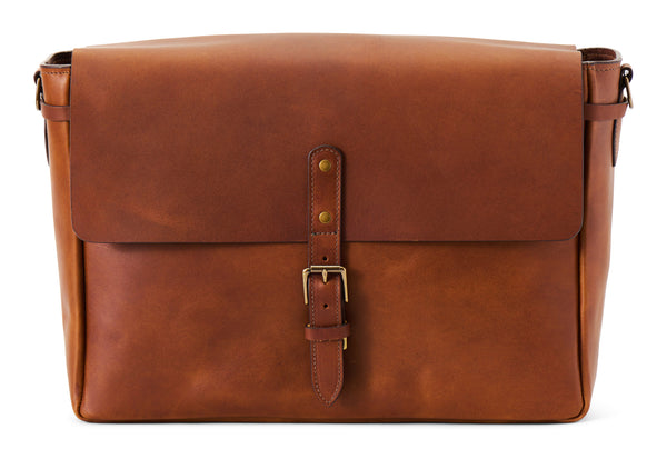 postmaster messenger in full grain leather wildwood brown color front view
