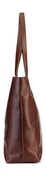 snap closure on franklin market tote in vintage brown leather