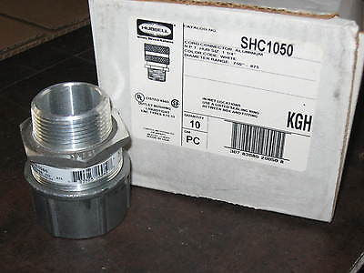 "Box/10 Hubbell SHC1050 Liquidtight Insulated Cord Connector 1-1/4"" NPT Aluminum"