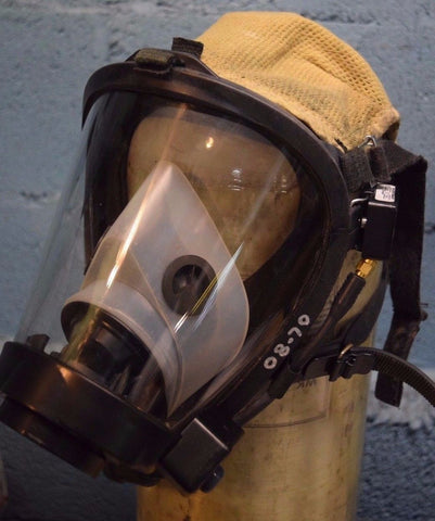 Survivair Sperian SCBA Fire Rescue Respiratory Mask Twenty-Twenty Plus w/ RCS