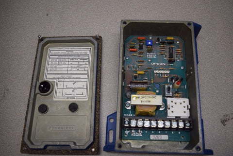 OPCON DETECTOR PHOTOELECTRIC CONTROL UNIT MODEL 8170A-6501 PN# 101163