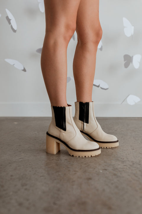 Free People James Chelsea Boot in Ivory