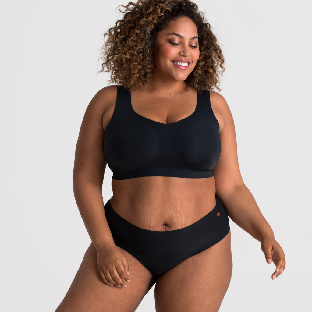 Evelyn & Bobbie Wire Free Defy Bra in Black