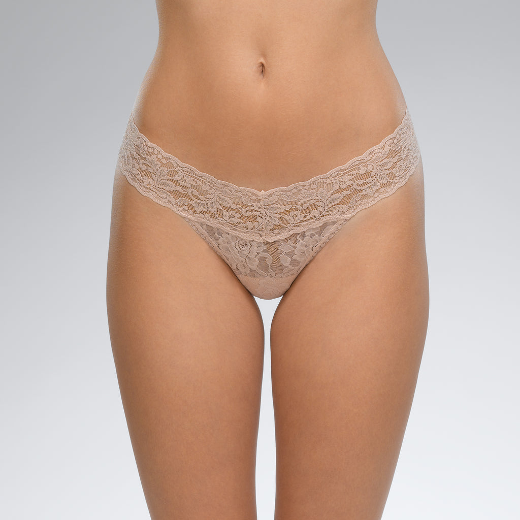 Hanky Panky Signature Lace Low Rise Thong Chai