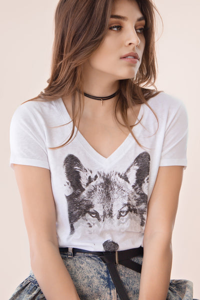 Midnight Wolf V Neck tee
