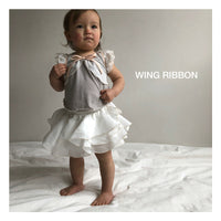 Bibsy - Wing Ribbon