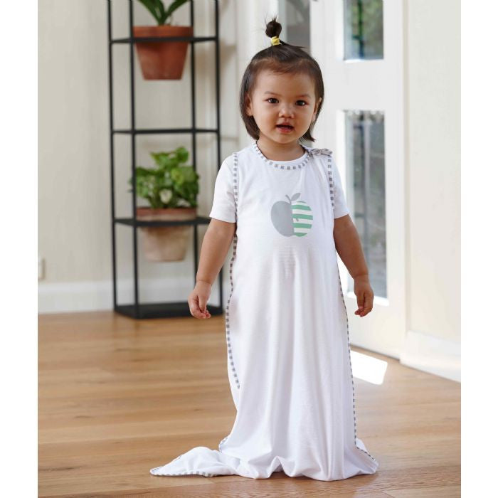 Love to dream Nuzzlin Sleeping Bag White  0.2 Tog