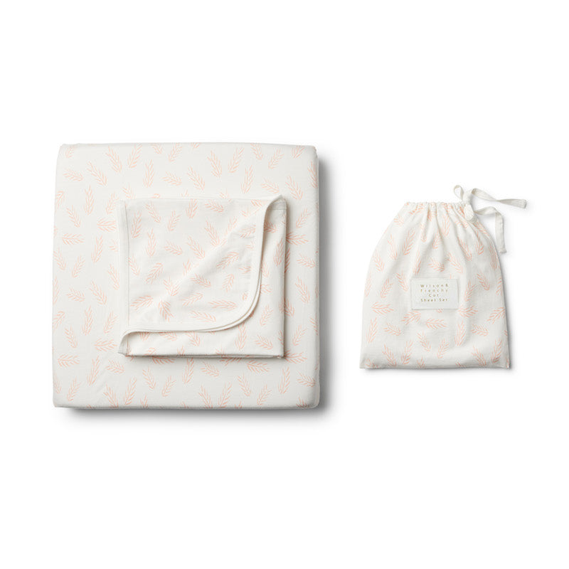 Wilson & Frenchy Organic Flow Cot Set
