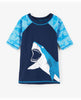 SHARK ALLEY SHORT SLEEVE RASHGUARD