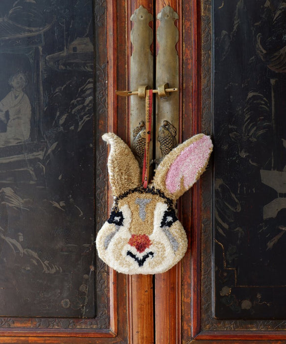 Betty Bunny Treasure Hanger