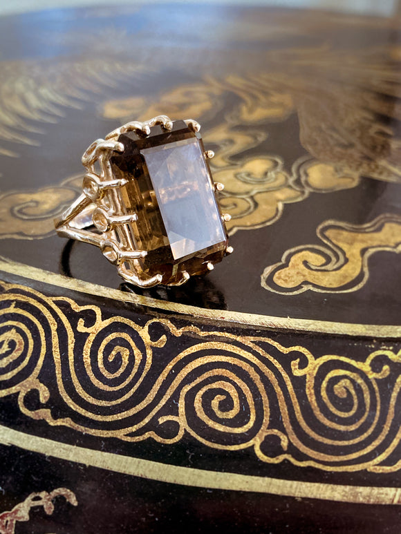 Vintage 14K Yellow Gold Rectangle Large Smokey Quartz Statement Ring