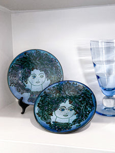 Two Hand-Painted Portrait Plates by Chelsea Pottery, England